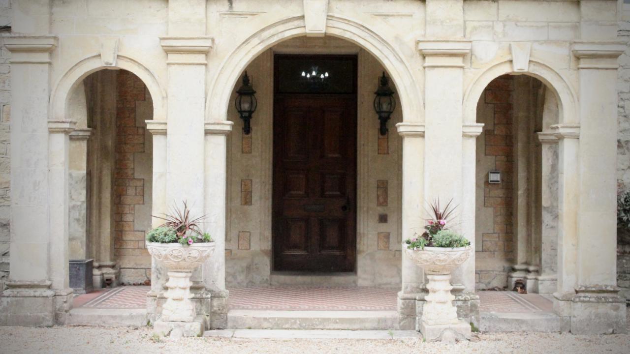 Elizabeth Milton - Languard Manor (1)